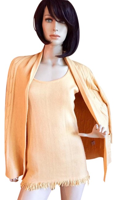 Preload https://item5.tradesy.com/images/peach-cashmere-and-silk-sweaterpullover-size-8-m-21556824-0-3.jpg?width=400&height=650