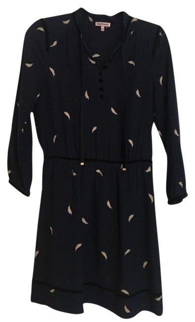 Preload https://img-static.tradesy.com/item/21557098/juicy-couture-navy-mod-leaf-print-silk-short-casual-dress-size-4-s-0-1-650-650.jpg