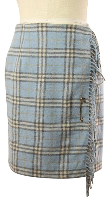 Preload https://item1.tradesy.com/images/burberry-blue-vintage-plaid-fringe-lined-wool-wrap-kilt-pin-size-2-xs-26-21557850-0-1.jpg?width=400&height=650