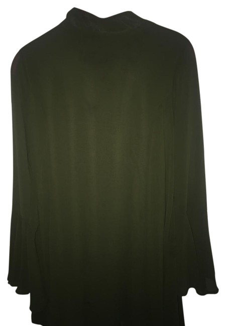 Preload https://item2.tradesy.com/images/green-short-night-out-dress-size-10-m-21557866-0-1.jpg?width=400&height=650