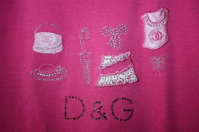 Preload https://img-static.tradesy.com/item/21557931/dolce-and-gabbana-pink-d-and-g-womens-embroidered-sequins-t-shirt-small-tee-shirt-size-6-s-0-2-650-650.jpg