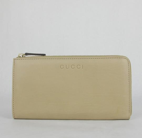 Gucci Women's Beige Leather Zip Around Wallet w/ Logo 332747 2609