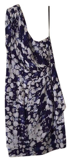 Preload https://item2.tradesy.com/images/bcbgeneration-purple-and-white-short-cocktail-dress-size-4-s-21557956-0-1.jpg?width=400&height=650