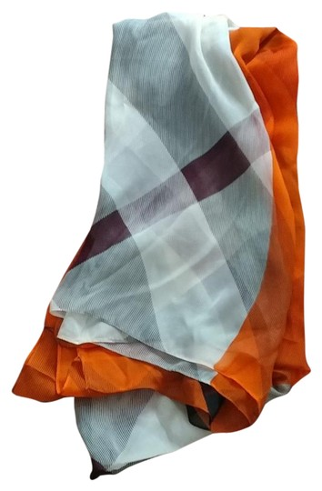 Preload https://item2.tradesy.com/images/burberry-multi-color-scarfwrap-21558136-0-1.jpg?width=440&height=440