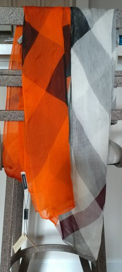 Burberry Buberry Scarf