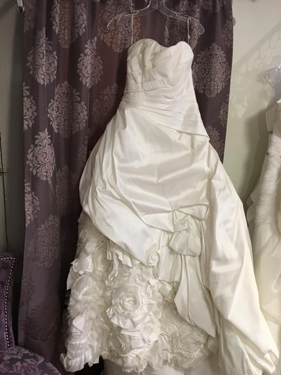 Maggie Sottero Morgan Wedding Dress Size 10 (M)