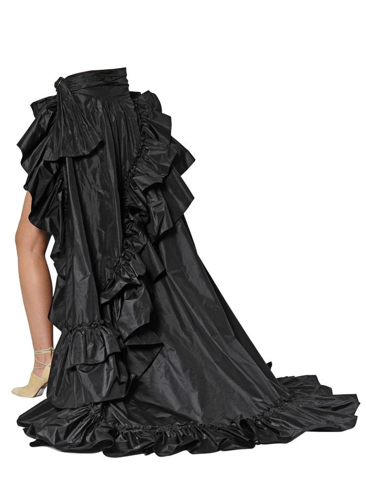 310fcc42534fc Roberto Cavalli Hi-lo High-low Train Ruffle Runway Skirt Black Image 11.  123456789101112