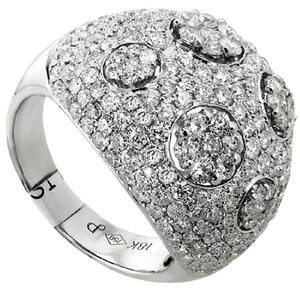 ABC Jewelry Fashion ring with 3.51ct. Total weight round diamonds in 18kt. White g