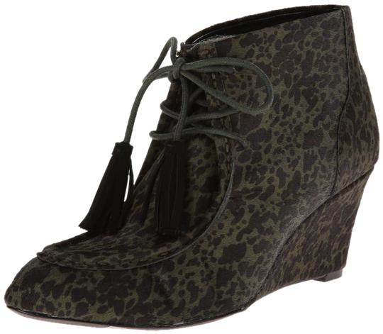 Preload https://item1.tradesy.com/images/rebecca-minkoff-army-green-mia-speckled-bootsbooties-size-us-6-regular-m-b-21558795-0-2.jpg?width=440&height=440