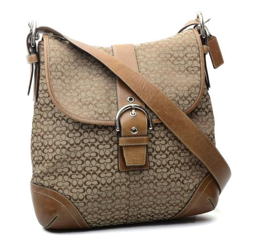 Preload https://item2.tradesy.com/images/coach-soho-purse-f04m-6376-tan-leather-and-jacquard-shoulder-bag-21558876-0-0.jpg?width=440&height=440