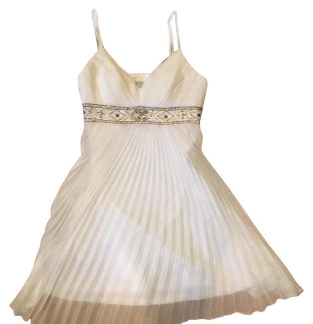 Preload https://item1.tradesy.com/images/sue-wong-white-short-cocktail-dress-size-4-s-21558880-0-1.jpg?width=400&height=650