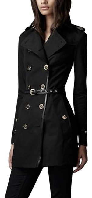 Preload https://item2.tradesy.com/images/burberry-black-limited-edition-hillgrove-leather-trimmed-coat-size-10-m-21558916-0-6.jpg?width=400&height=650