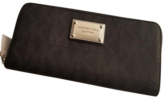 Michael Kors Michael Kors Jet set Zip Around Continental Wallet Black
