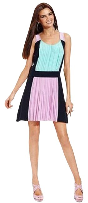 Preload https://item2.tradesy.com/images/ronni-nicole-lavander-navy-mint-green-pleated-colorblock-short-workoffice-dress-size-6-s-21559026-0-1.jpg?width=400&height=650