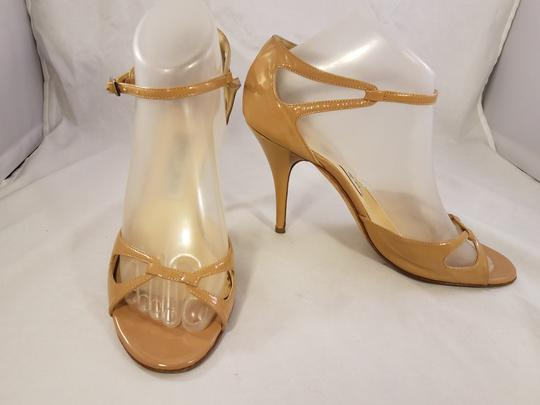 Jimmy Choo Mary Jane Patent Leather beige Pumps