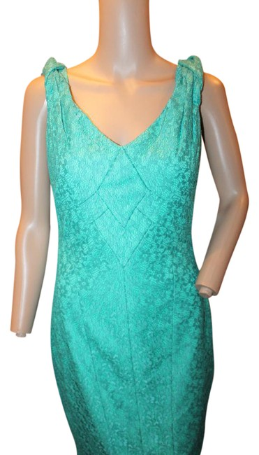 Preload https://img-static.tradesy.com/item/21559463/sangria-green-sexy-fitted-sheath-lace-short-workoffice-dress-size-4-s-0-3-650-650.jpg