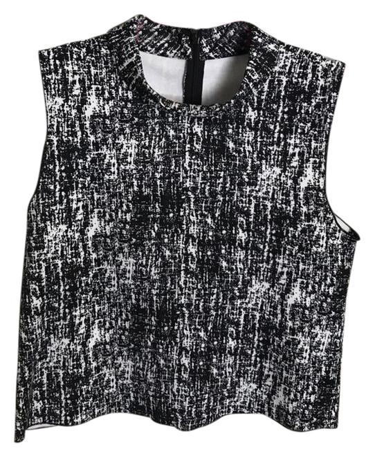 Preload https://img-static.tradesy.com/item/21559467/vince-camuto-black-and-white-printed-mock-neck-crop-blouse-size-4-s-0-2-650-650.jpg