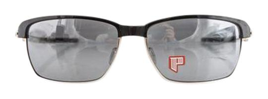 Preload https://item5.tradesy.com/images/oakley-tinfoil-sunglasses-21559584-0-2.jpg?width=440&height=440