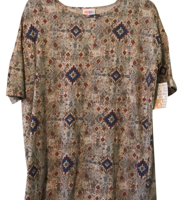 Preload https://item4.tradesy.com/images/lularoe-irma-tunic-size-0-xs-21560008-0-2.jpg?width=400&height=650