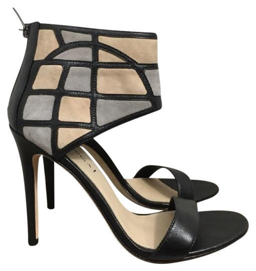 Preload https://item2.tradesy.com/images/via-spiga-black-and-cream-new-multi-colored-ankle-heel-pumps-size-us-85-regular-m-b-21560136-0-2.jpg?width=440&height=440