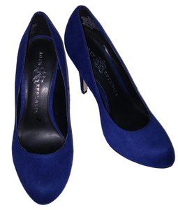 Rock & Republic Suede Shoe royal blue Pumps