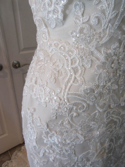 Stella York Ivory/Gold Lace 6105 Feminine Wedding Dress Size 8 (M)