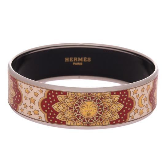 Preload https://img-static.tradesy.com/item/21560366/hermes-red-sun-moon-stars-wide-printed-enamel-65-bracelet-0-0-540-540.jpg