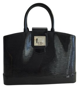 Louis Vuitton Mirabeau Pm Hand Epi Embossed Satchel in Black