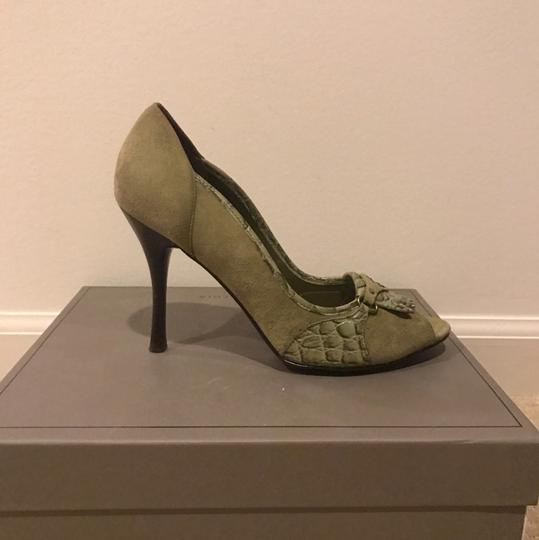 BCBGMAXAZRIA green Pumps