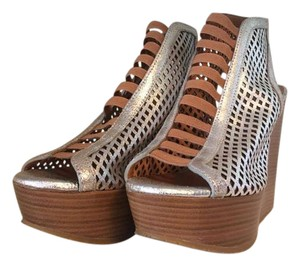 Marc by Marc Jacobs Metallic Leather Wood Wedge silver Platforms