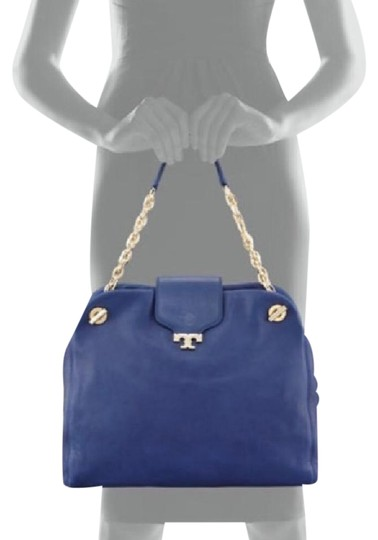 Preload https://item1.tradesy.com/images/tory-burch-parisian-blue-leather-shoulder-bag-21561285-0-1.jpg?width=440&height=440