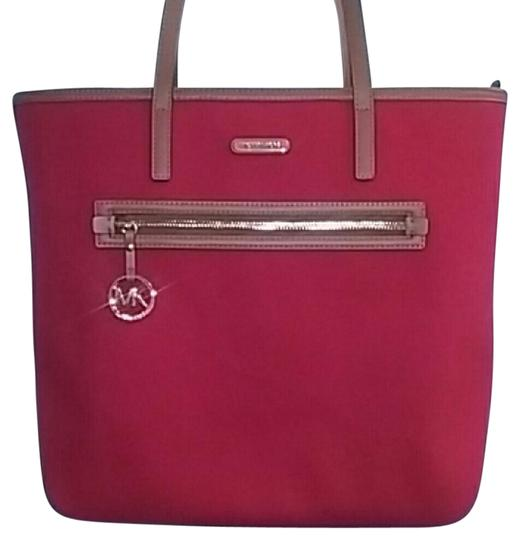 Preload https://item3.tradesy.com/images/michael-kors-mk-red-tote-21561647-0-1.jpg?width=440&height=440
