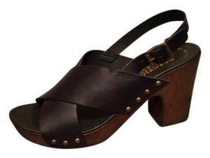 Kenneth Cole Leather Metal Studs Retro Black Sandals