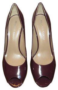 New Franco Sarto plum/burgendy Pumps