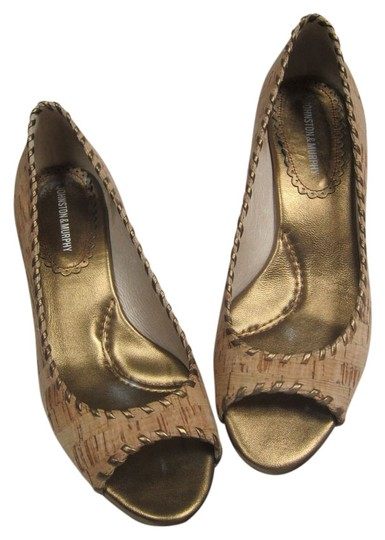 Preload https://item2.tradesy.com/images/johnston-and-murphy-tan-cork-open-wedges-size-us-8-regular-m-b-2156241-0-0.jpg?width=440&height=440
