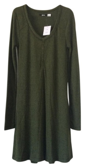 Preload https://img-static.tradesy.com/item/21562416/bdg-dark-army-green-short-casual-dress-size-4-s-0-1-650-650.jpg