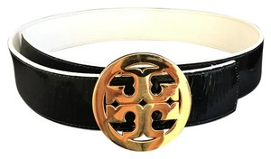 Tory Burch Double sided belt is in excellent condition