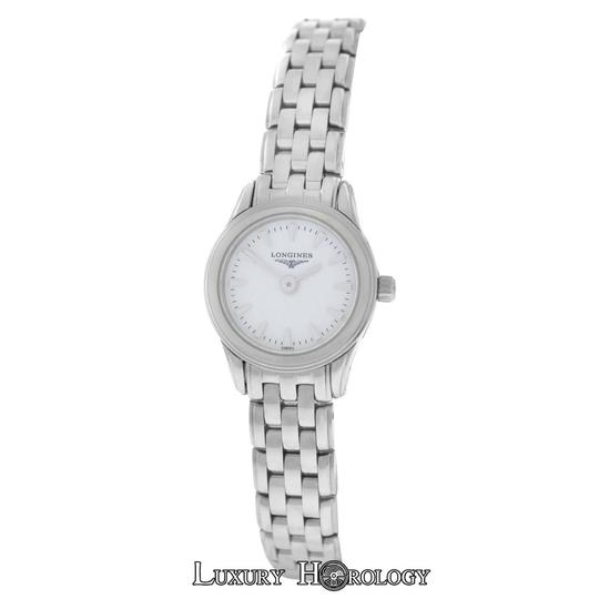Preload https://item1.tradesy.com/images/longines-stainless-steel-new-ladies-flagship-l42154126-mini-20mm-watch-21563355-0-0.jpg?width=440&height=440