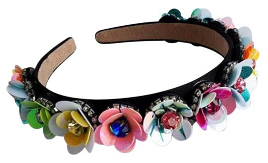 Preload https://img-static.tradesy.com/item/21563464/pink-blue-yellow-fashionable-baroque-floral-head-band-hair-accessory-0-2-540-540.jpg