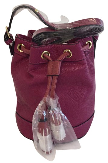 Preload https://item1.tradesy.com/images/neiman-marcus-bucket-dark-fushia-leather-cross-body-bag-21563650-0-1.jpg?width=440&height=440