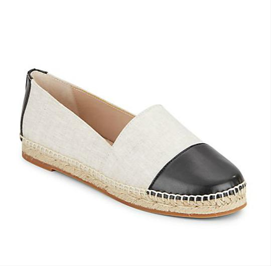 Preload https://item1.tradesy.com/images/french-connection-off-white-black-shauna-woven-two-tone-flats-size-us-10-regular-m-b-21563890-0-0.jpg?width=440&height=440