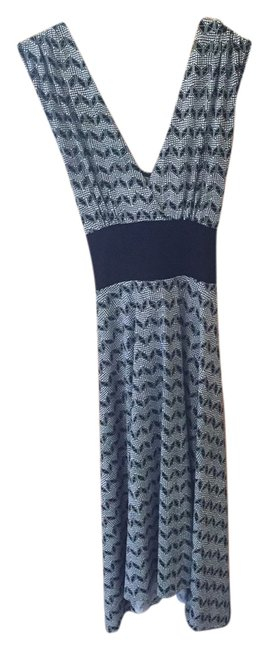 Preload https://item5.tradesy.com/images/arden-b-black-and-white-geometric-pattern-long-night-out-dress-size-6-s-21564219-0-2.jpg?width=400&height=650