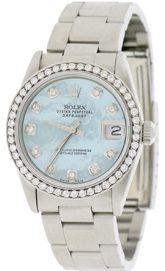 Preload https://item5.tradesy.com/images/rolex-datejust-midsize-31mm-oyster-wblue-mop-diamond-dial-and-bezel-watch-21564239-0-2.jpg?width=440&height=440
