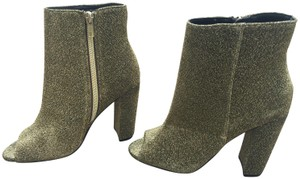 49f4a55a458 Green Steve Madden Boots & Booties Up to 90% off at Tradesy