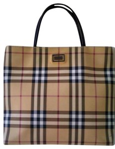 Burberry Horseferry Made In Italy Plaid Canvas Tote in Tan Nova Check
