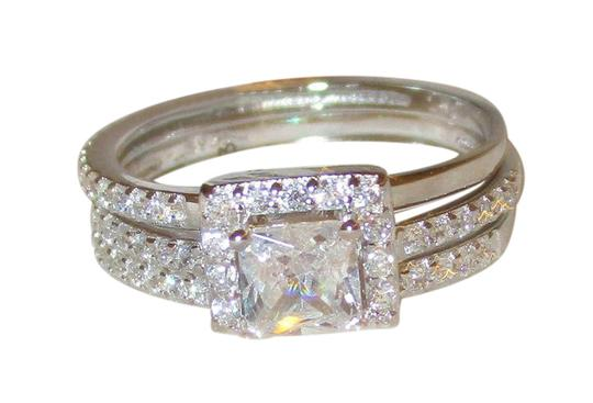 Preload https://item4.tradesy.com/images/clear-sterling-silver-princess-simulated-diamond-3-band-wedding-set-ring-21564323-0-1.jpg?width=440&height=440