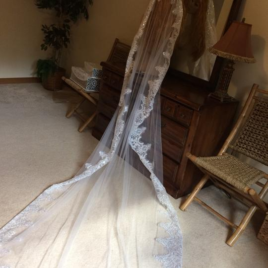 White Long Jasmine Bridal Veil