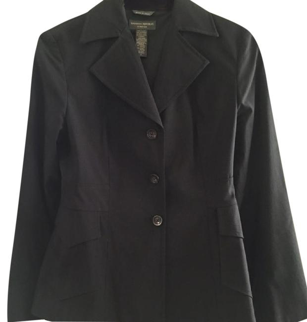 Preload https://item5.tradesy.com/images/banana-republic-black-stretch-poplin-blazer-with-front-pockets-and-pleat-pant-suit-size-4-s-21564454-0-1.jpg?width=400&height=650