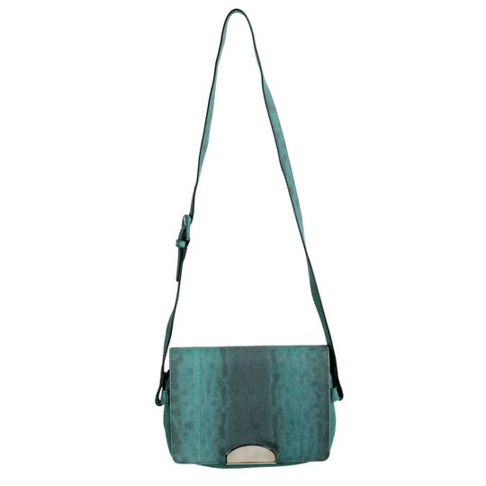 Preload https://item2.tradesy.com/images/maison-margiela-11-women-s-crossbody-green-gray-snake-skin-leather-shoulder-bag-21564486-0-0.jpg?width=440&height=440