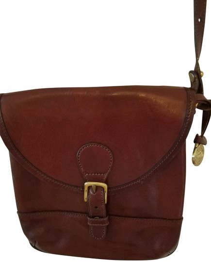 Preload https://img-static.tradesy.com/item/21564836/brahmin-vintage-brown-leather-cross-body-bag-0-3-540-540.jpg